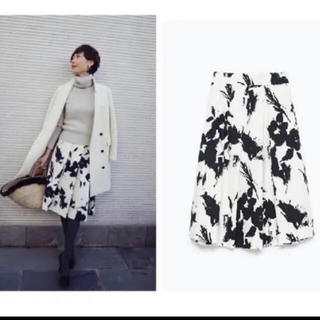 ZARA - 花柄モノトーンスカート