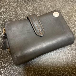 タフ(TOUGH)の財布(折り財布)