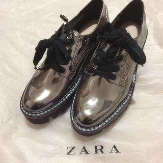 ザラ(ZARA)のZARA  厚底シューズ シルバー 37(ローファー/革靴)