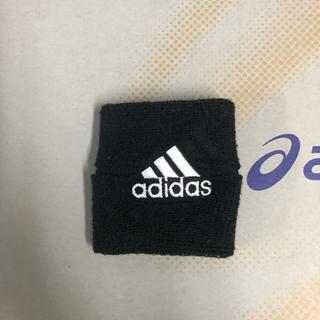 アディダス(adidas)のadidas リストバンド(バングル/リストバンド)
