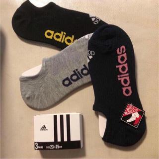 アディダス(adidas)の新品 アディダス 靴下 3色 3P スニーカーソックス adidasロゴ くつ下(ソックス)
