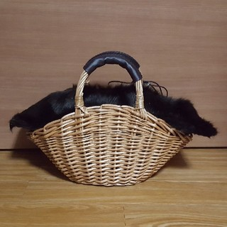 シマムラ(しまむら)のオールシーズンOKファー付きかごバッグ(かごバッグ/ストローバッグ)