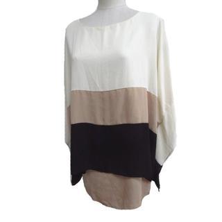 ドゥドゥ(DouDou)のDouDouTシャツ(半袖/袖なし)(Tシャツ(半袖/袖なし))