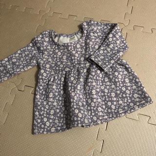 プティマイン(petit main)のテータテート 花柄トップス(Tシャツ/カットソー)