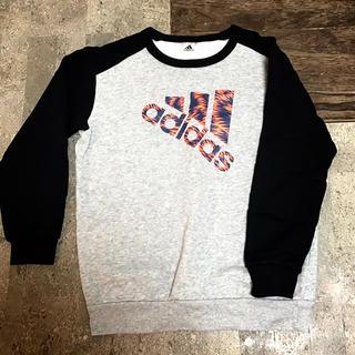 アディダス(adidas)のadidasスエット★150(Tシャツ/カットソー)