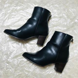 ミスティウーマン(mysty woman)のmysty woman  フリンジ付きショートブーツ Lサイズ(ブーツ)