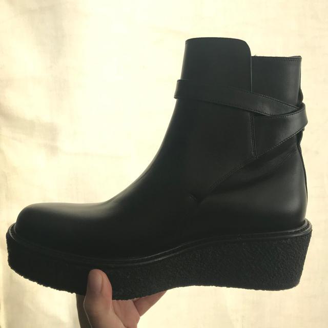 celine(セリーヌ)の〈新品〉セリーヌのショートブーツ☆サイズ38.5 レディースの靴/シューズ(ブーティ)の商品写真