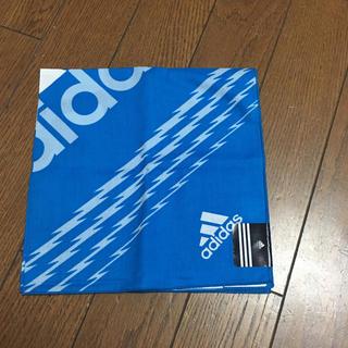 アディダス(adidas)のランチクロス  大判ハンカチ アディダス ☆新品☆(その他)