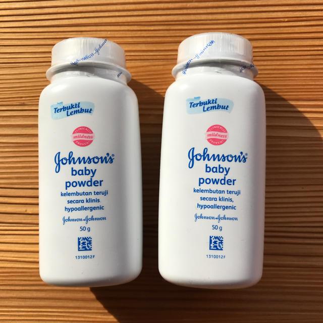 Johnson's(ジョンソン)のベビーパウダー 50g キッズ/ベビー/マタニティの洗浄/衛生用品(ベビーローション)の商品写真