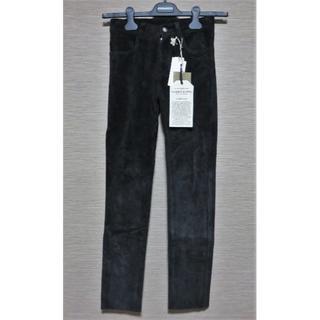 シシ(sisi)の定価9.6万 新品 sisii スエード パンツ 26 ブラック 日本製(その他)