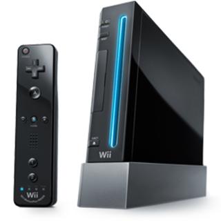 ニンテンドウ(任天堂)のニンテンドー Wii コントローラー4つ付(家庭用ゲーム本体)