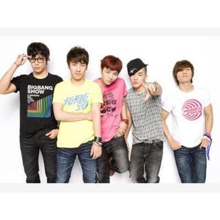 ユニクロ(UNIQLO)のBIGBANG Tシャツ(K-POP/アジア)