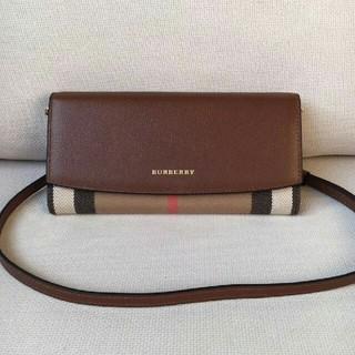 バーバリー(BURBERRY)のバーバリー チェーンウォレット 財布 (財布)