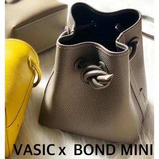 トゥモローランド(TOMORROWLAND)の新品タグ付き VASIC BOND MINI サンド バッグ ヴァシック(トートバッグ)