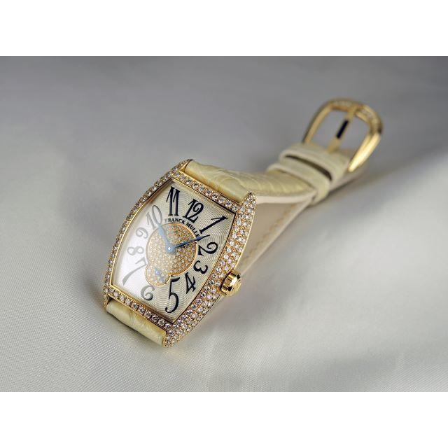 FRANCK MULLER(フランクミュラー)のトノウ・カーベックス ダブルパスティーユ レディースのファッション小物(腕時計)の商品写真