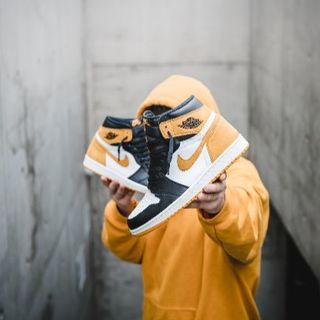 ナイキ(NIKE)のNike air jordan og 1 YELLOW OCHRE 26(スニーカー)