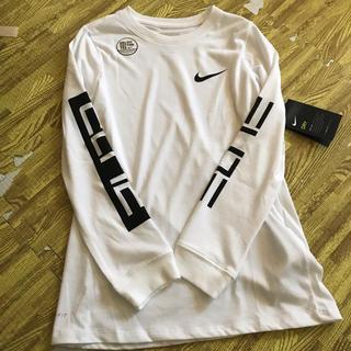 ナイキ(NIKE)のナイキ ロンT キッズ140-150㎝ 新品未使用(Tシャツ/カットソー)