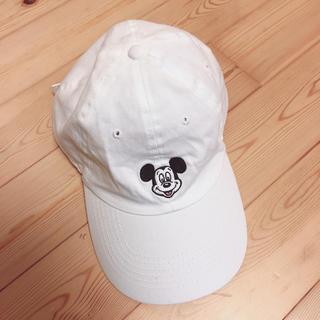 ディズニー(Disney)の美品 ディズニー ミッキー キャップ ホワイト(キャップ)