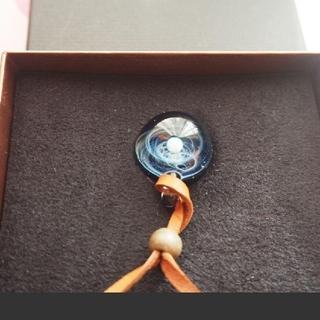 【超美品】宇宙ガラス プラスα 貴重な品 ホワイトオパール(ネックレス)