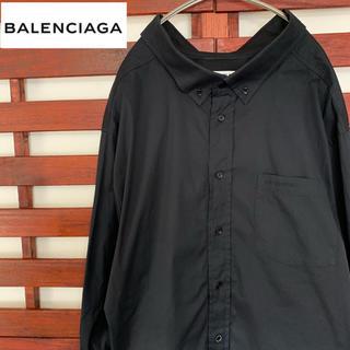 バレンシアガ(Balenciaga)のBALENCIAGA バレンシアガ 黒シャツ ワンポイント 胸ロゴ(シャツ)