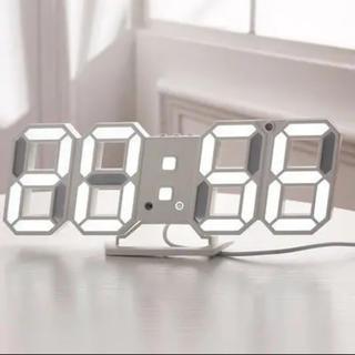 LEDデジタル時計 3D(置時計)