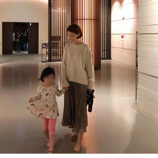 ZARA - 値下げ中!storynine 光沢ロングプリーツスカート