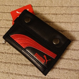 プーマ(PUMA)の⭐⭐様専用 プーマ お財布 レザーミドルウォレット 赤 黒 (折り財布)