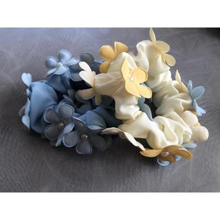 お花 シュシュ 2個セット(ヘアゴム/シュシュ)