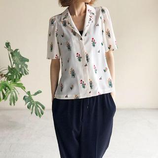 マメ(mame)のmame kurogouchi 刺繍 開襟シャツ ホワイト(シャツ/ブラウス(半袖/袖なし))