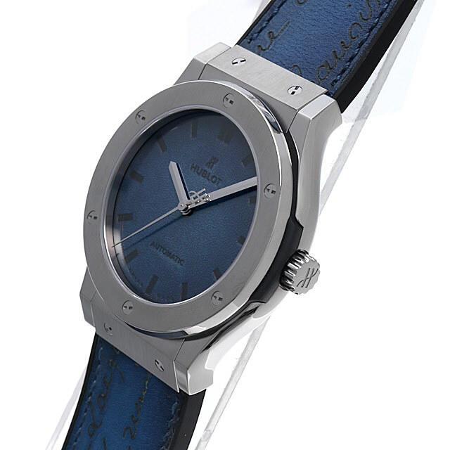 HUBLOT(ウブロ)のウブロ クラシックフュージョン ベルルッティ スクリット オーシャンブルー メンズの時計(腕時計(アナログ))の商品写真