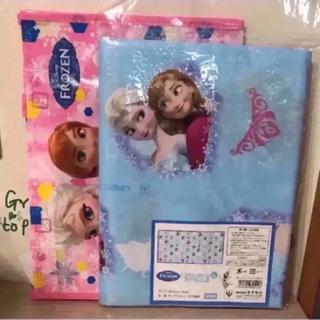 ディズニー(Disney)の①ヤクセル ディズニアナと雪の女王 レジャーシート(L)&レッスンバッグセット(外出用品)