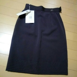 クレージュ(Courreges)のクレージュ Courreges 新品 スカート w60 16000円品(ひざ丈スカート)