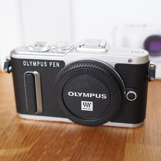 オリンパス(OLYMPUS)の☆専用 オリンパス PEN E-PL8 ボディ ブラック OLYMPUS(ミラーレス一眼)