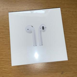 アップル(Apple)の新品 AirPods Apple純正ワイヤレスイヤホン(ヘッドフォン/イヤフォン)