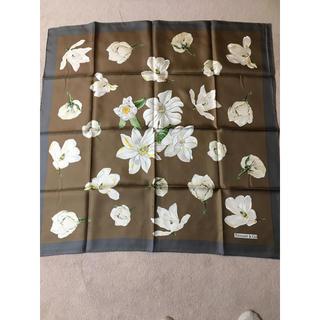 ティファニー(Tiffany & Co.)のティファニー  マグノリア柄  シルク スカーフ(バンダナ/スカーフ)