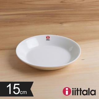イッタラ(iittala)の【新品未使用】イッタラ 15センチ ホワイトプレート 2枚セット(食器)