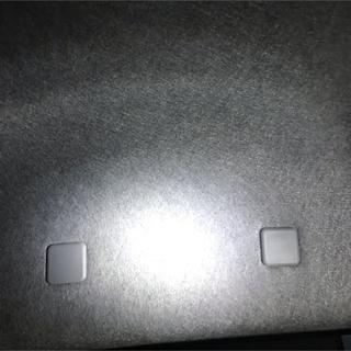 ダイハツ(ダイハツ)のl150s 運転席 アシストグリップ部カバー2個(車種別パーツ)