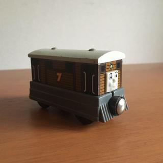 rowrow30様 おまとめ 木製トーマス トビー  ハーヴィ(電車のおもちゃ/車)