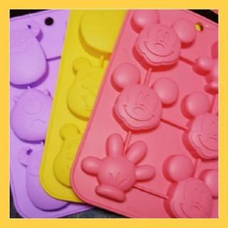 ディズニー(Disney)の【あきっち様専用】プチケーキ型☆3点セット(調理道具/製菓道具)