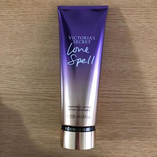 ヴィクトリアズシークレット(Victoria's Secret)のVICTORIA'S SECRET love  spell ボディクリーム(ボディクリーム)