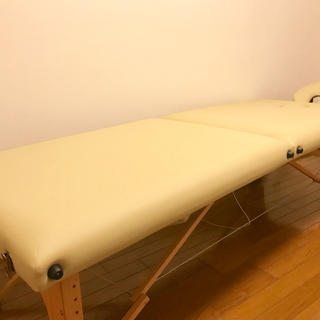 エステ マッサージ用ベッド(簡易ベッド/折りたたみベッド)