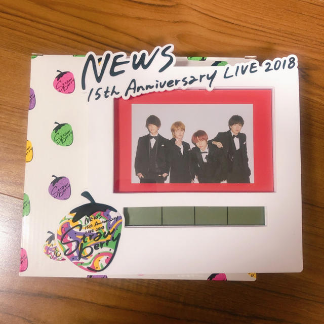 buy online 01c65 1bfa7 NEWS 時計 strawberry | フリマアプリ ラクマ