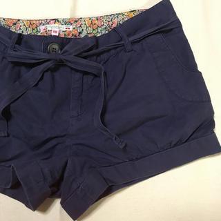 ボンポワン(Bonpoint)のボンポワン  xs 紺色ショートパンツ 短パン(パンツ/スパッツ)