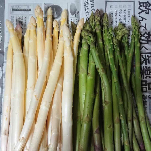 はな様専用 佐賀県産ホワイト&グリーンアスパラ1キロ(訳あり) 食品/飲料/酒の食品(野菜)の商品写真