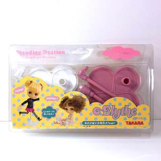 タカラトミー(Takara Tomy)のネオブライス 専用スタンド(箱は別途料金発生)(人形)
