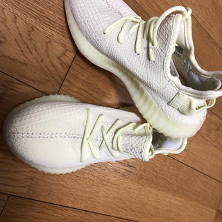 adidas - Yeezy boost風スニーカー
