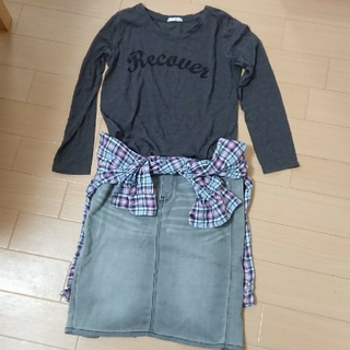 ジーユー(GU)の2点  ブラックデニムスカート  ロンT(ひざ丈スカート)