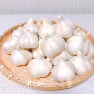 青森県田子町産 乾燥にんにく(福地ホワイト六片) H30年産 Mサイズ 1㎏(野菜)
