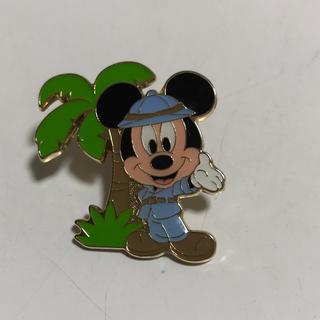 ディズニー(Disney)のミッキーピンバッジ(バッジ/ピンバッジ)