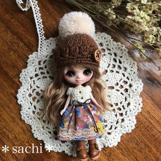 プチブライス ワンピース&ポンポン帽子セット(人形)